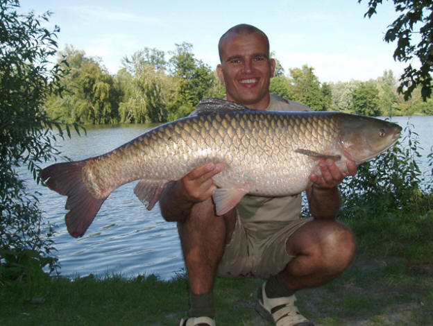 world record for grass carp